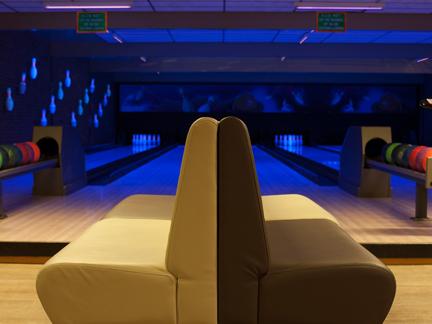 Bowling_seats.jpg
